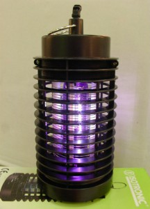 Swarming termite light trap