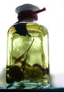 Essential oils for homemade mosquito yard spray